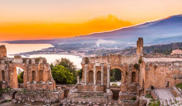 La Valle dei Templi e il Teatro Antico di Taormina tra i siti culturali più visitati