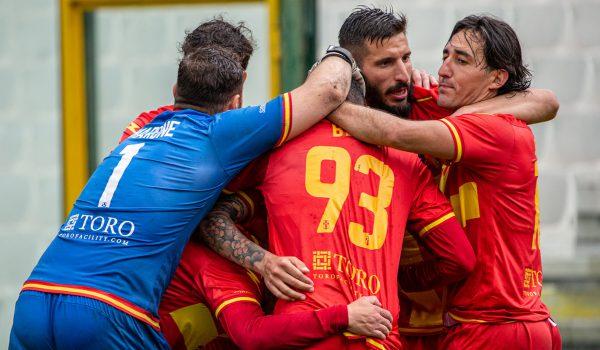 """FC Messina: domenica al """"Ninetto Muscolo"""" il recupero contro il Roccella"""