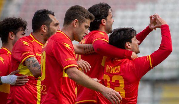 Turno infrasettimanale in terra calabra per l'FC Messina
